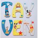 Lettres Bois pour Prénom: Mickey et winnie